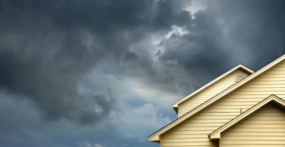 Thunder「home in stormy day」:スマホ壁紙(12)