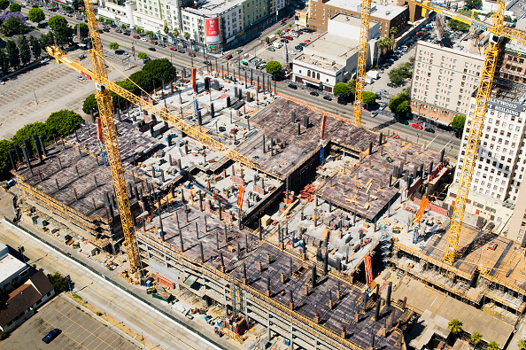 Construction Site「Large construction site with tower cranes, Hollywood, Los Angeles, California, USA」:写真・画像(4)[壁紙.com]