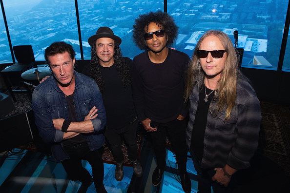 Lithium「Alice In Chains Performs For SiriusXM's Lithium Channel At The Space Needle In Seattle」:写真・画像(18)[壁紙.com]