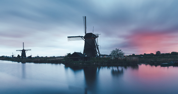 Netherlands「Kinderdijk Windmills」:スマホ壁紙(2)