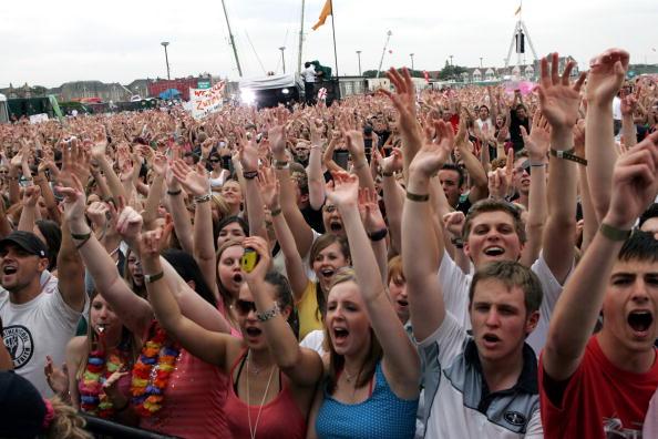 Crowd「T4 On The Beach」:写真・画像(17)[壁紙.com]