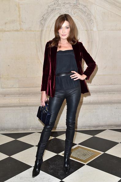 Carla Bruni「Christian Dior : Photocall - Paris Fashion Week Womenswear Spring/Summer 2017」:写真・画像(12)[壁紙.com]