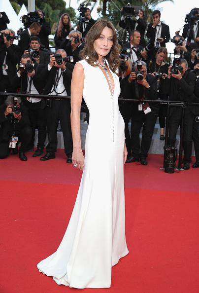 "Carla Bruni「""Sink Or Swim (Le Grand Bain)"" Red Carpet Arrivals - The 71st Annual Cannes Film Festival」:写真・画像(14)[壁紙.com]"