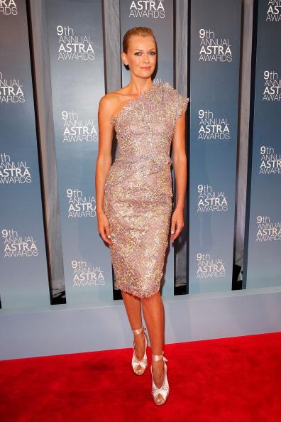 Pencil Dress「9th Annual Astra Awards - Arrivals & Awards Room」:写真・画像(9)[壁紙.com]