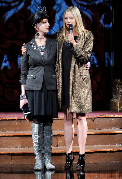 Mira Sorvino「AnaOno Intimates X #Cancerland at New York Fashion Week Art Hearts Fashion NYFW FW/17」:写真・画像(1)[壁紙.com]