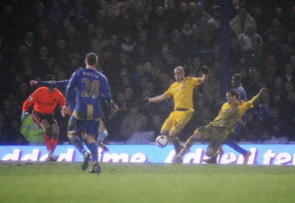 Alex Rodrigo Dias da Costa「Portsmouth v Chelsea - Premier League」:写真・画像(2)[壁紙.com]