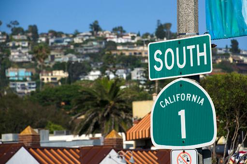 California State Route 1「Highway 1 sign in Laguna Beach」:スマホ壁紙(12)