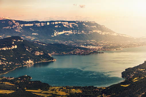 Lake Bourget「Landscape aerial view on famous French Lake Bourget in Savoie, in summer with Alps mountains surrounding and beautiful sunset over Aix Les Bains city」:スマホ壁紙(9)