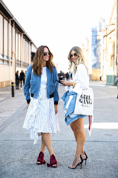 Denim「Street Style - Mercedes-Benz Fashion Week Australia 2016」:写真・画像(6)[壁紙.com]
