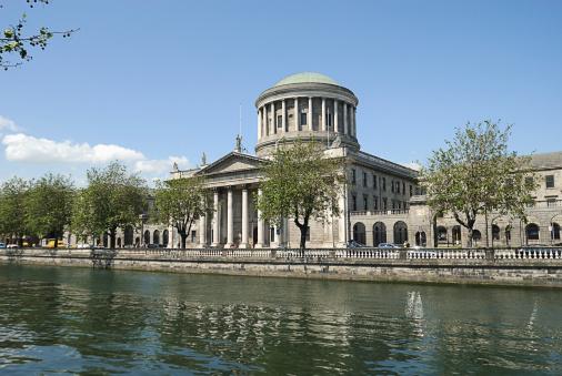 Liffey River - Ireland「Four Courts, Dublin, Ireland」:スマホ壁紙(4)