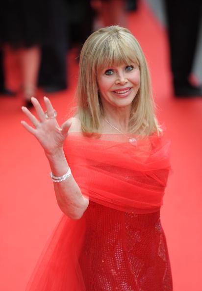 Britt Ekland「Edinburgh International Film Festival Opening Film: The Illusionist」:写真・画像(2)[壁紙.com]
