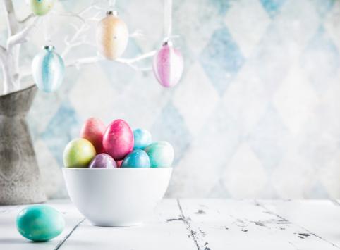 Easter「Colorful Easter Eggs」:スマホ壁紙(8)