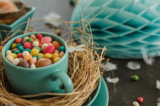 Easter「Colorful Easter table decoration」:スマホ壁紙(19)
