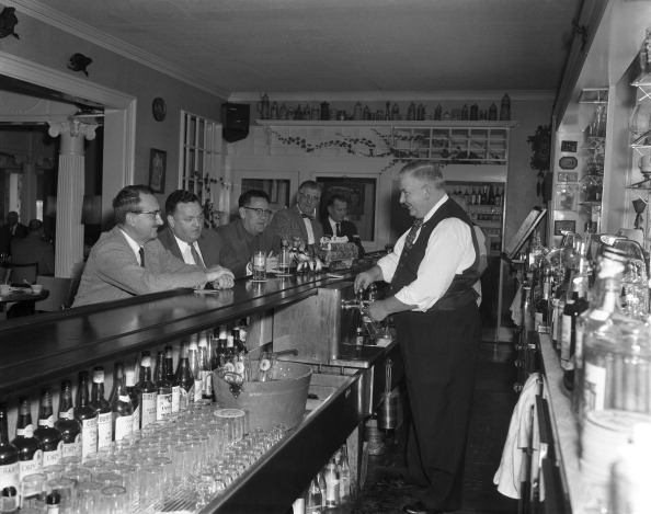 Pouring「Harts Hill Bar」:写真・画像(14)[壁紙.com]
