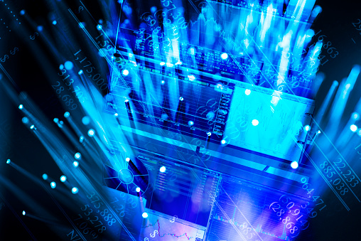デジタル合成「Hologram of blue screens」:スマホ壁紙(12)