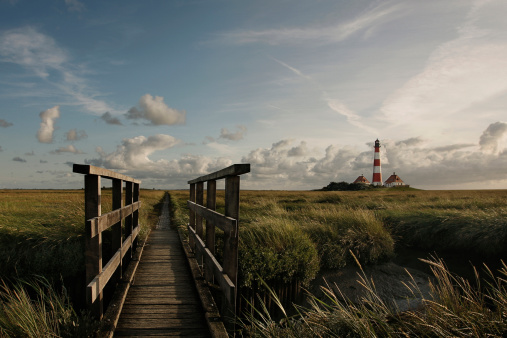 Footbridge「Germany, View of Westerheversand Lighthouse」:スマホ壁紙(9)