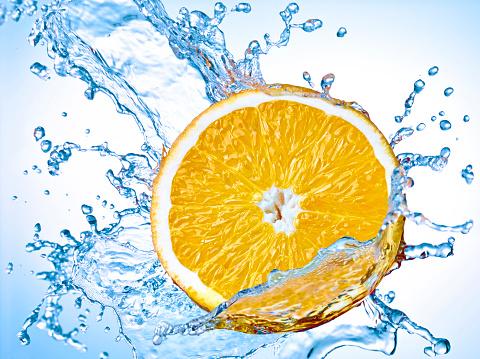 Orange - Fruit「Slice of orange with water splash」:スマホ壁紙(15)