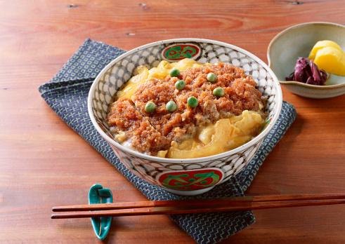 日本食「Pork Cutlet on Rice」:スマホ壁紙(15)