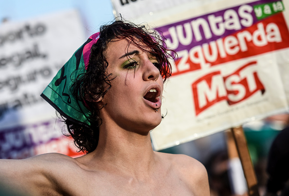 Decisions「Argentine Senate Decides on Legalization of Abortion」:写真・画像(15)[壁紙.com]