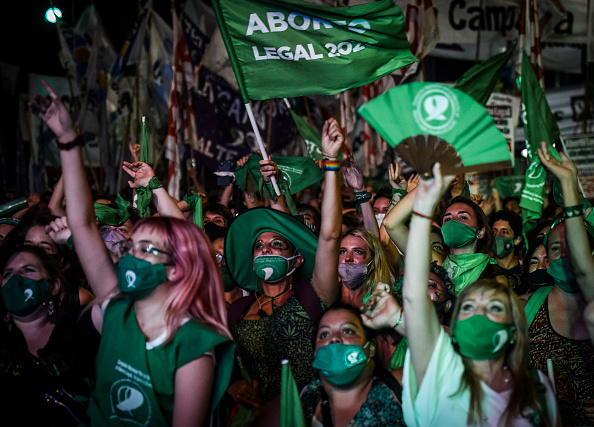 Argentina「Argentine Senate Decides on Legalization of Abortion」:写真・画像(7)[壁紙.com]