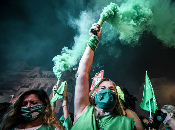 Argentina「Argentine Senate Decides on Legalization of Abortion」:写真・画像(9)[壁紙.com]