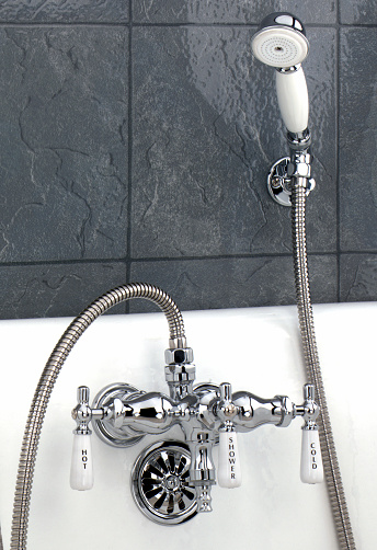 Hand「Shower Faucet」:スマホ壁紙(13)