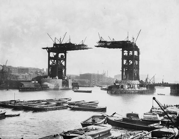 Construction Industry「Bridge Construction」:写真・画像(6)[壁紙.com]