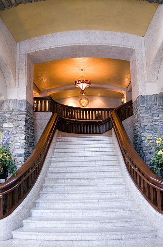 Castle「Grand Stairway」:スマホ壁紙(2)
