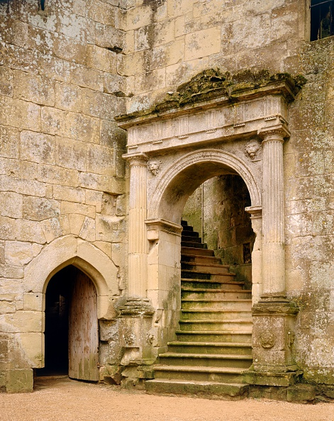 Door「Grand stairway to the hall, Old Wardour Castle, near Tisbury, Wiltshire, c2000s(?)」:写真・画像(14)[壁紙.com]