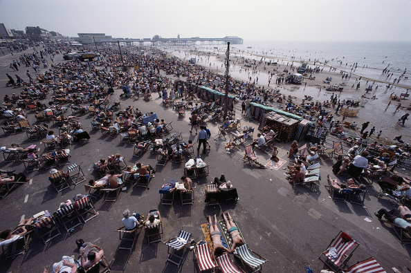 Water's Edge「Blackpool Crowds」:写真・画像(10)[壁紙.com]