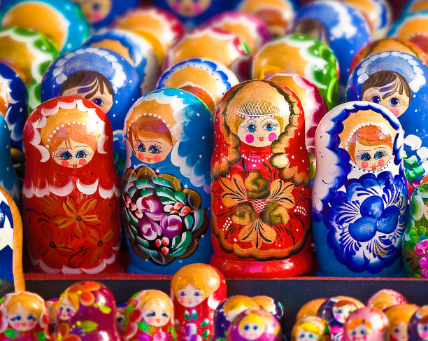 Russian nesting dolls (matryoshka doll):スマホ壁紙(壁紙.com)