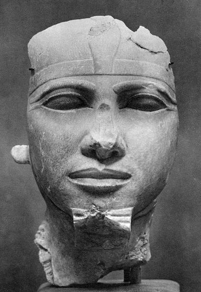 Alabaster「Khafre (2520BC-2494BC), Ancient Egyptian Pharoah, 1936.」:写真・画像(1)[壁紙.com]
