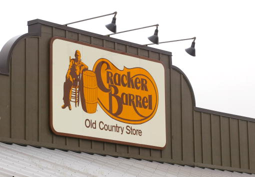 NAACP「Cracker Barrel Restaurants Lawsuit」:写真・画像(7)[壁紙.com]