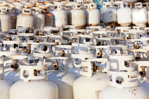 Fireball「Used propane tanks piled up for recycling」:スマホ壁紙(11)