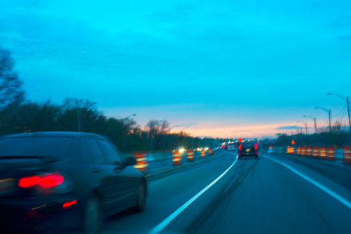 Road Construction「Highway traffic blur at dusk.」:スマホ壁紙(9)