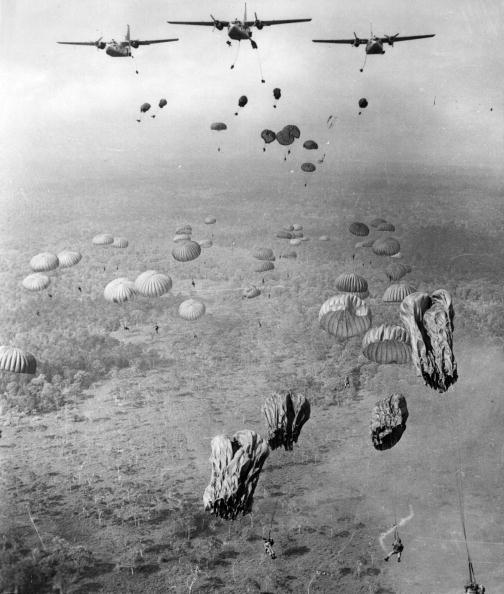 Air Force「Parachute Drop」:写真・画像(14)[壁紙.com]