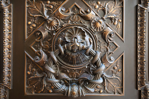 Manuscript「New York Public Library, Stephen A. Schwarzman Building, detail of exterior door, Manhattan, New York City, New York, USA, North America」:スマホ壁紙(18)