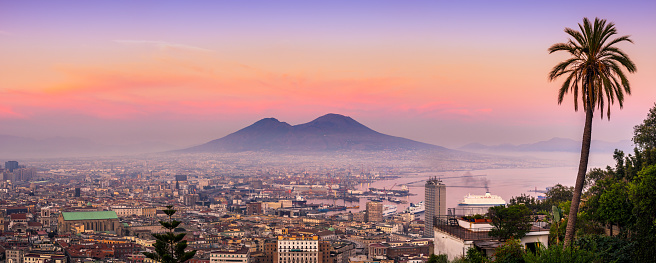 Active Volcano「Naples and vesuvius at sunset. Italy」:スマホ壁紙(16)