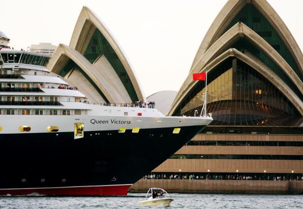 Passenger Craft「The Queen Victoria Arrives In Sydney Harbour」:写真・画像(10)[壁紙.com]