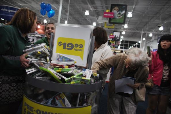 "Naples - Florida「""Black Friday"" Marks Start Of Holiday Shopping Season」:写真・画像(9)[壁紙.com]"