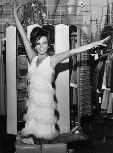 Mini Dress「Claudie Lange」:写真・画像(13)[壁紙.com]