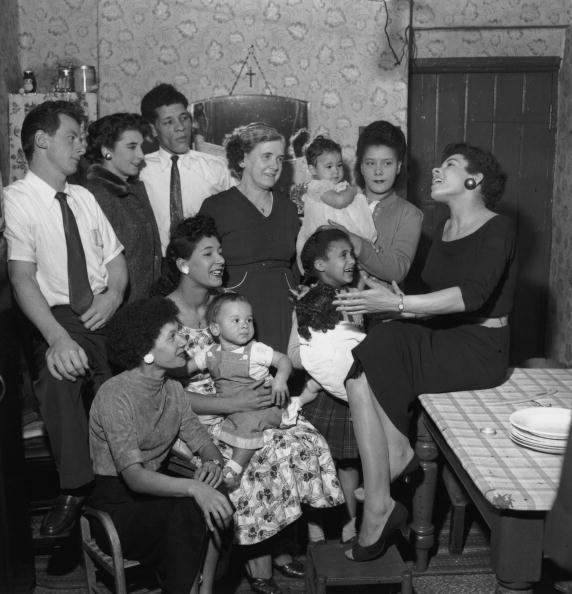 Cardiff Bay「Bassey And Family」:写真・画像(8)[壁紙.com]