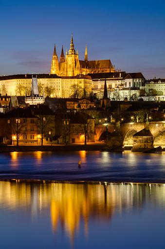 St Vitus's Cathedral「Prague Castle at dusk」:スマホ壁紙(9)