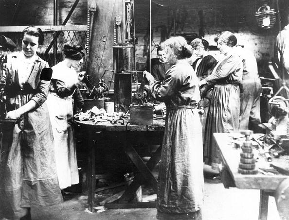 20th Century「Munitions Women」:写真・画像(13)[壁紙.com]