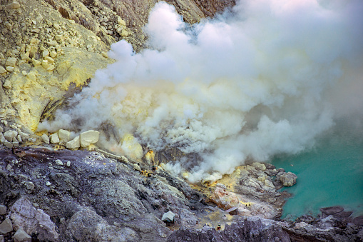 Volcanic Crater「Mount Ijen」:スマホ壁紙(19)