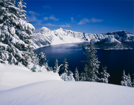 Crater Lake National Park「Winter At Crater Lake National Park」:スマホ壁紙(11)