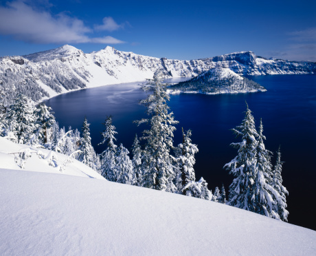 Crater Lake National Park「Winter At Crater Lake National Park, Oregon」:スマホ壁紙(2)