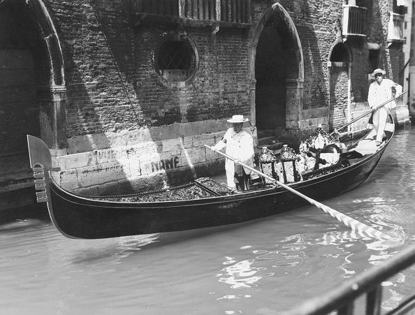 Passenger Craft「Venetian Gondola」:写真・画像(7)[壁紙.com]