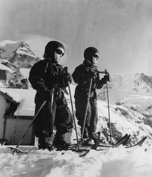 エンタメ総合「Girl In Ski Gear」:写真・画像(5)[壁紙.com]