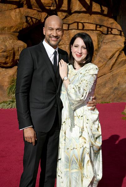 "Multi Colored Dress「Premiere Of Disney's ""The Lion King"" - Red Carpet」:写真・画像(15)[壁紙.com]"